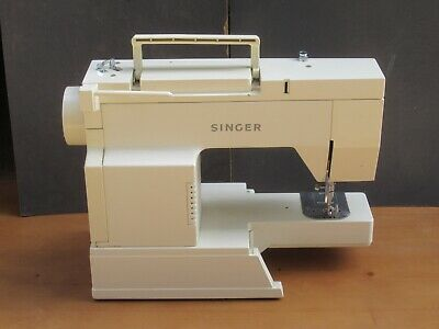 vintage retro SINGER MELODIE 20 electric sewing machine, untested spares repairs