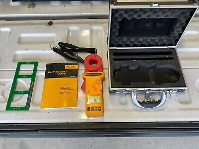 Fluke 1630 Earth Ground Clamp Meter With Hard Case