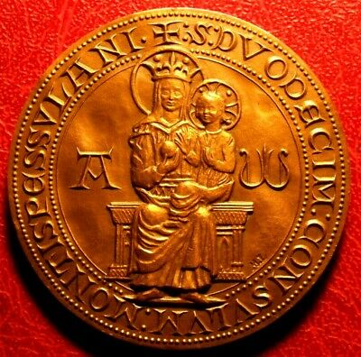 Christian St Mary & Jesus the child city of MONTPELLIER medal