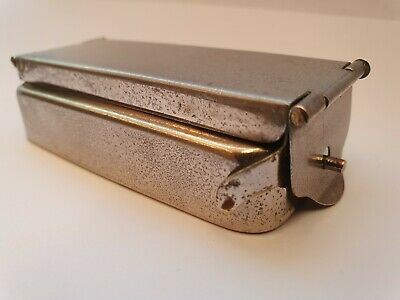 1920 - 1940 s VINTAGE FOLDING POCKET TRAVEL - CURLING TONGS HEATER