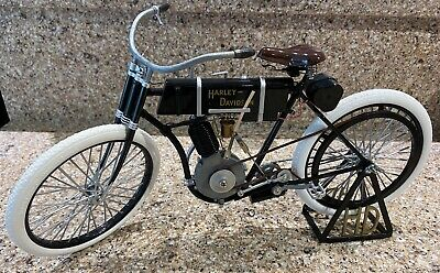 1903-1904 Harley Davidson Motorcycle Xonex 1St Model Authentic Replica 1:6 Scale