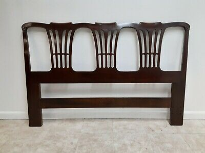 Henredon Chippendale Solid Mahogany Full Queen Size Headboard Bed