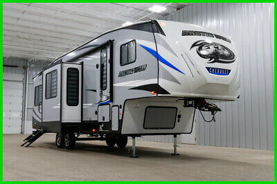 2020 Forest River Cherokee Arctic Wolf 311ML Travel Trailer