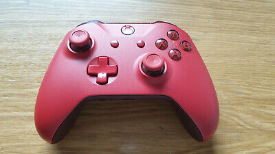 MICROSOFT Xbox One Wireless Controller Rot / Modell 1708 / Bluetooth