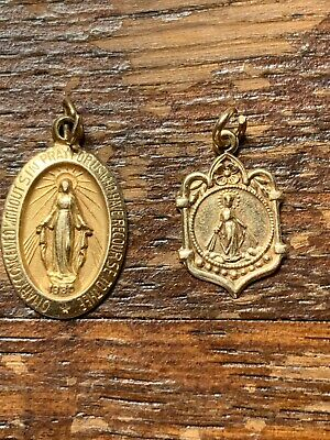 Estate Pair Of 14K Religious Pendants 1.5 Grams