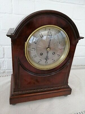Antique, French Mantle Clock in Very Good Condition & Working, With Key.
