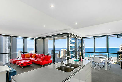 GOLD COAST ACCOMMODATION NEW Circle on Cavill 7 Nts $1250 2 Bedroom Ocean + Wifi