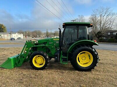 Very Nice John Deere 5085E 4X4 Cab Loader Tractor with Only 327 Hours
