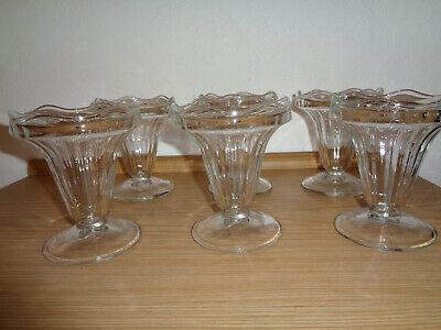 6 chic ice cream sundaes / dessert bowls ~ glass transparent ~ on foot ~ as good as new ~