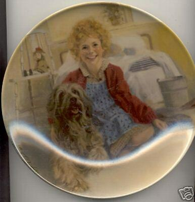 Knowles Annie Collector's Plate Annie and Sandy 1st Issue