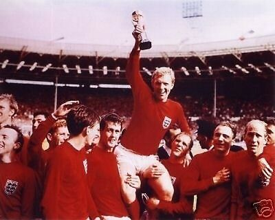 Bobby Moore England 1966 World Cup Winner 10x8 Photo