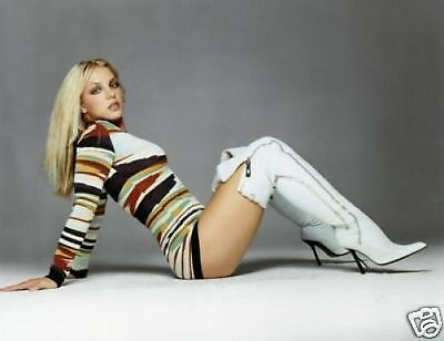 Britney Spears Awesome New 10x8 Photo White Boots