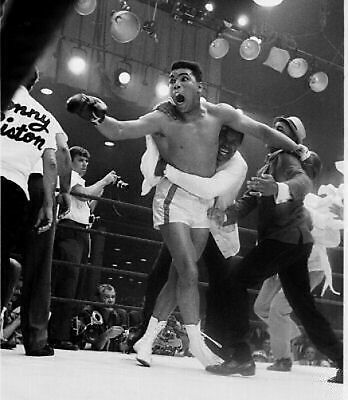 Cassius Clay I shook up the world 10x8 Photo