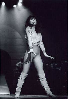 Kate Bush on stage 10x8 Photo