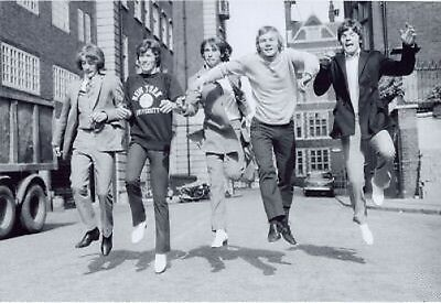 THE BEE GEES DANCING LONDON 1967 10x8 Photo