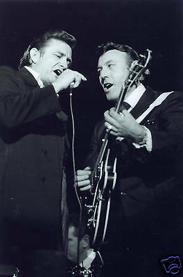 Johnny Cash and Carl Perkins Fantastic 10x8 Photo