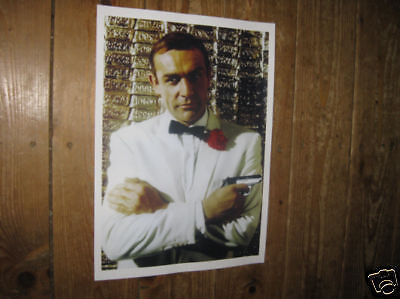 James Bond 007 Sean Connery POSTER Pistol