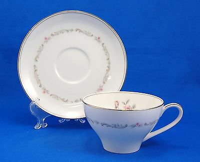 Noritake MAYFAIR - PLATINUM TRIM 6109 Flat Cup and Saucer Set 2.25 in. Roses