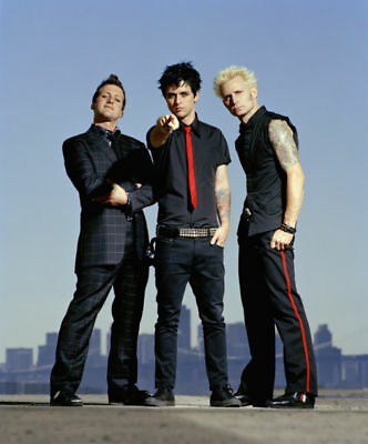 Green Day Fantastic New Group Shot 10x8 Photo