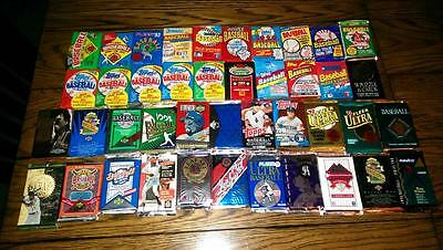 Large Lot of 100 Old Baseball Cards in Unopened Packs