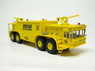 Resin Built 1:50  Oshkosh P-15 Truck (ARFF) - Yellow