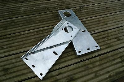 Bulkhead Brackets Galvanized 537535 & 537533 for Land Rover Series S2A SWB & LWB