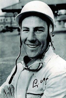 Sir Stirling Moss SIGNED F1 Racing Legend 12x8 Photo AFTAL Autograph Certificate