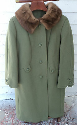 AWESOME VTG Womens 1950s Heavy Wool Coat Mink Collar Square Buttons Green EUC