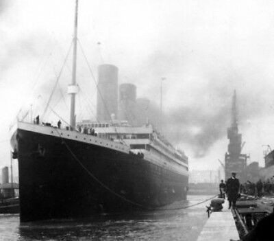The Titanic Launches Great 10x8 Photo