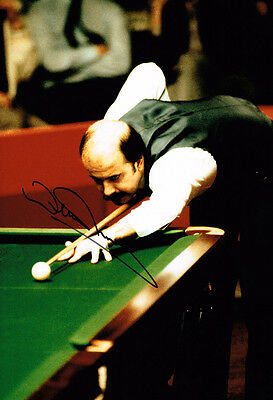 Willie Thorne IN PERSON SIGNED Autograph 12x8 Photo AFTAL COA Snooker Legend