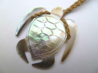 Hawaiian Hawaii Jewelry Black Mother of Pearl Turtle Pendant Necklace # 35051-1