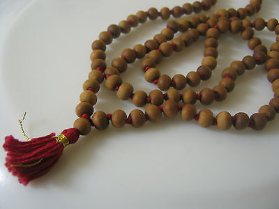 White Sandalwood Mala 108 + 1 Beads Hindu Japa Meditation Yoga Rosary Necklace