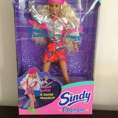Sindy Popstar Doll 1995 New  in Box HASBRO Great Find!!