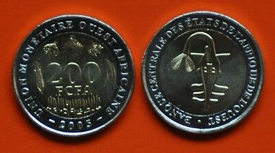 WEST AFRICAN STATES - 200 FRANCS UNC COIN 2005 YEAR BIMETAL