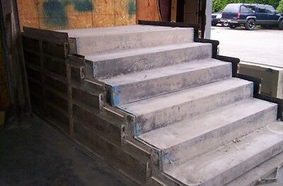 Steel pre-cast forms for making concrete steps
