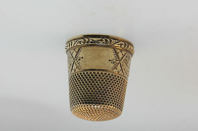 Antique Victorian Edwardian Ribbed Rose Gold Leaf Scroll Thimble Finger Guard