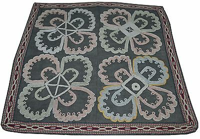 O17 Old Hand Made Embroidered Pure Silk Antique Suzani Vintage Floral Embroidery