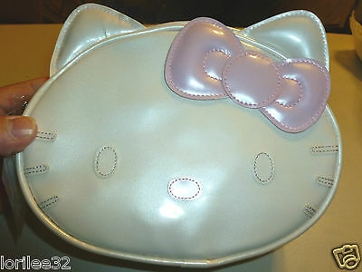 COSMETIC BAG HELLO KITTY FACE WHITE & PINK VINYL LIMITED EDITION COSMETIC BAG