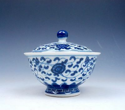 *Ship From U.S* Chinese Blue&White QingHua Flowers Hand Painted Lidded Tea Cup