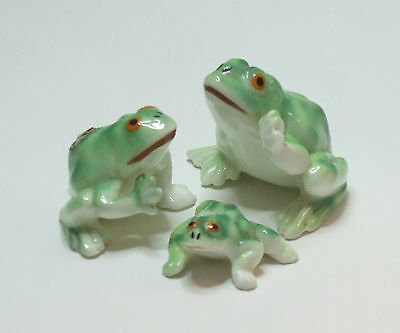 """Glossy Family Bone China Miniature Frog Figurines, 1 inch Tall by 1.5"""" Wide"""