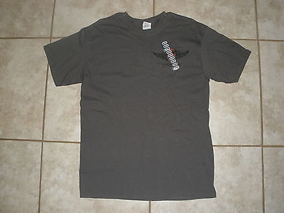 1a253318 New Men's Gray Short Sleeve Hooters Cross W/wing T-Shirt Chicago Sizes M
