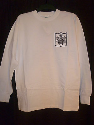 Bnwt Fulham Home Long Sleeved Football Shirt 1966 With Number 10 On The Back