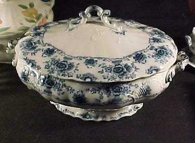 Vintage Unmarked Flow Blue Large Tureen with Lid