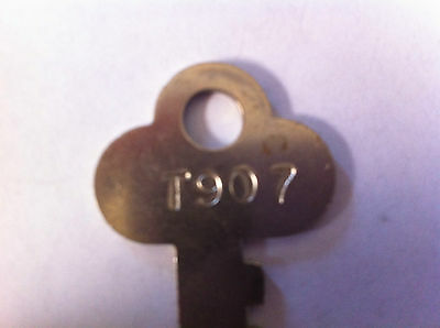 1 Antique T907 Trunk Keys,Steamer,,Old,Vintage,Key,Rare,Trunks,Foot Locker