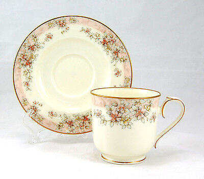 Noritake PARKHILL 9734 Flat Cup and Saucer Set 3 in. Pink Rim Red Flowers Gold