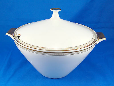 Heinrich H and Co GREEK KEY - GOLD Soup Tureen 9.125 in. Selb Gold Trim Bavaria