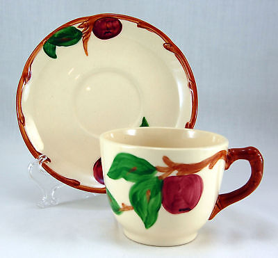 Franciscan APPLE (AMERICAN) Flat Cup and Saucer Set 2.75 in. Apples Earthenware