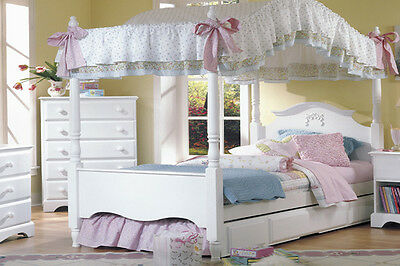 Princess Bed with Canopy and Trundle (full size)