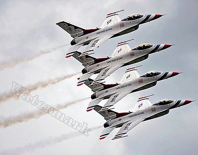 Photograph Aircraft United States Airforce F-16 Thunderbirds 2011  11x14