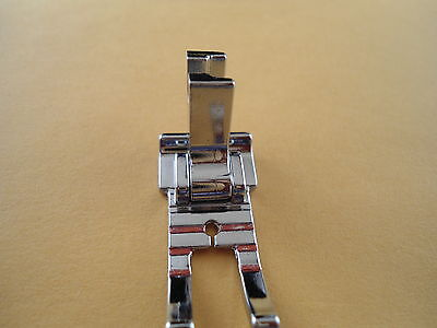 """1/4"""" Metal Patchwork Quilting Foot  Singer Featherweight 221, 222 #P60801"""